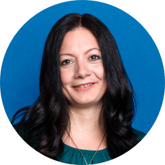 Cancer Research UK の Maria 氏の顔写真